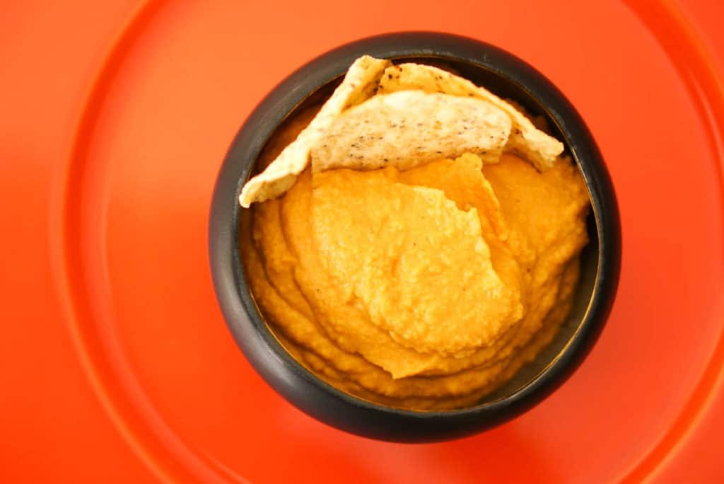 hummus with fresh pumpkin