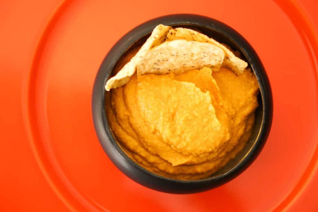 hummus with fresh pumpkin