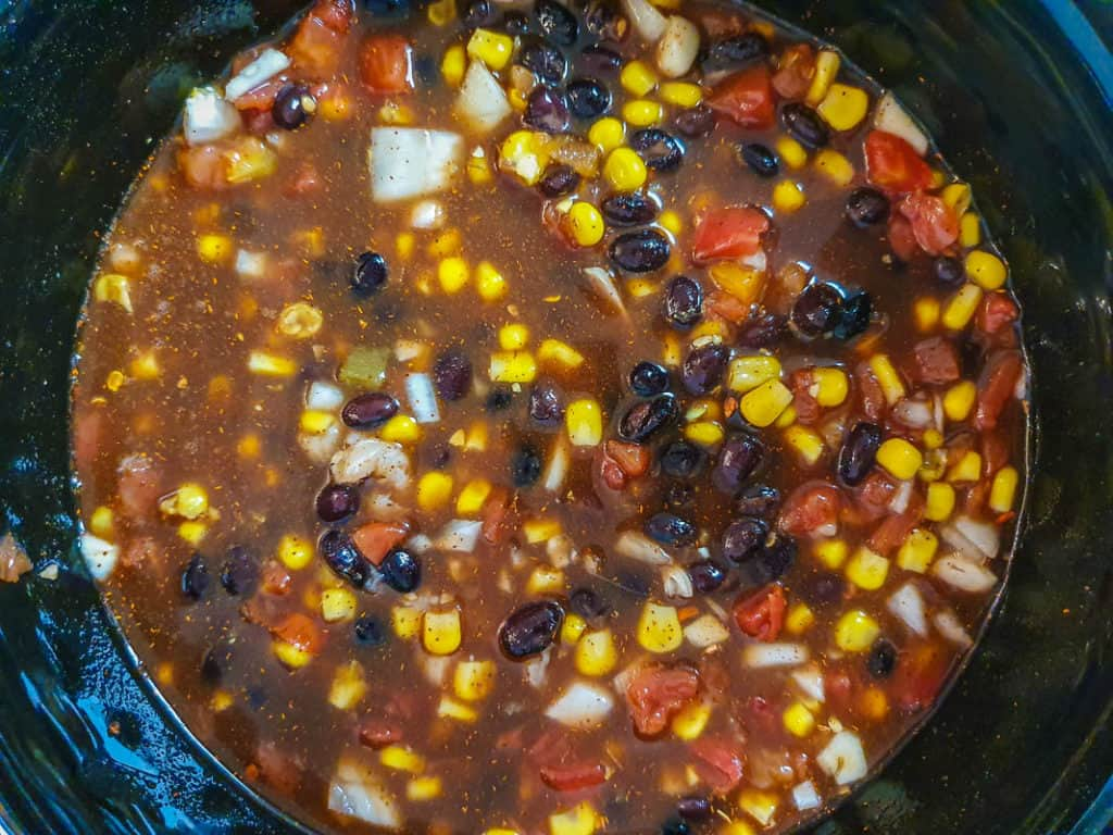 chicken chili recipe in a slow cooker