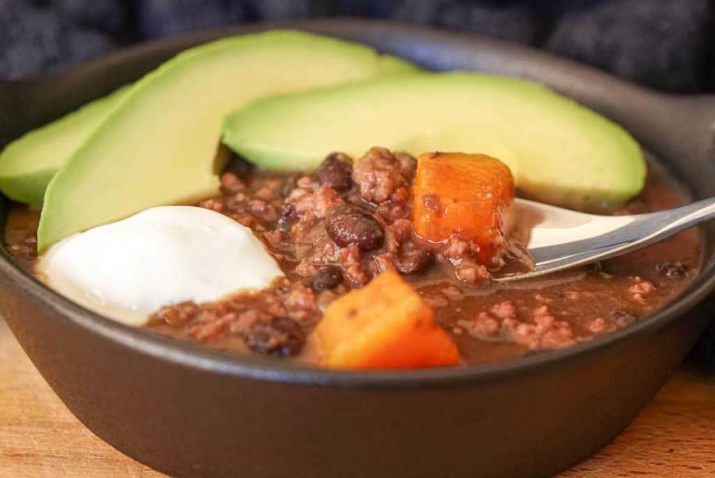 Black bean pumpkin chili
