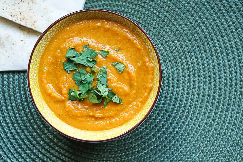 Moroccan lentil soup with cilantro