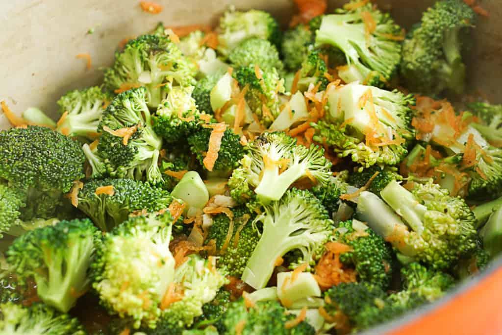 healthy cheese broccoli soup