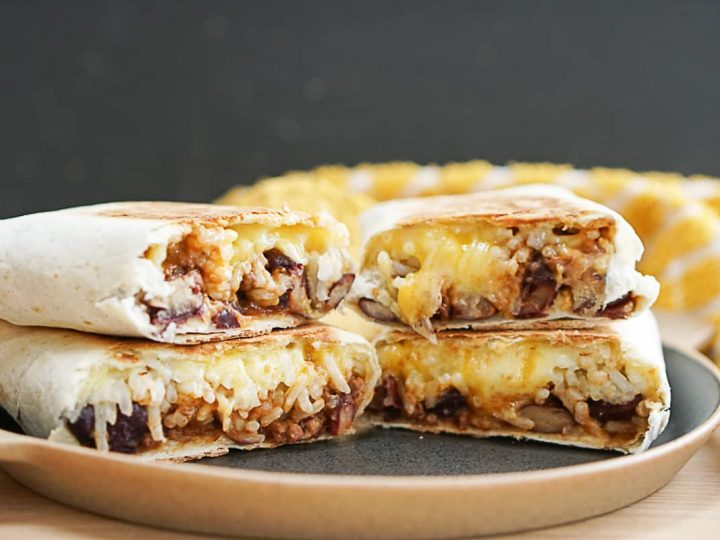 Easy Chili Cheese Burritos With Leftover ChiliEasy Chili Cheese Burritos With Leftover Chili