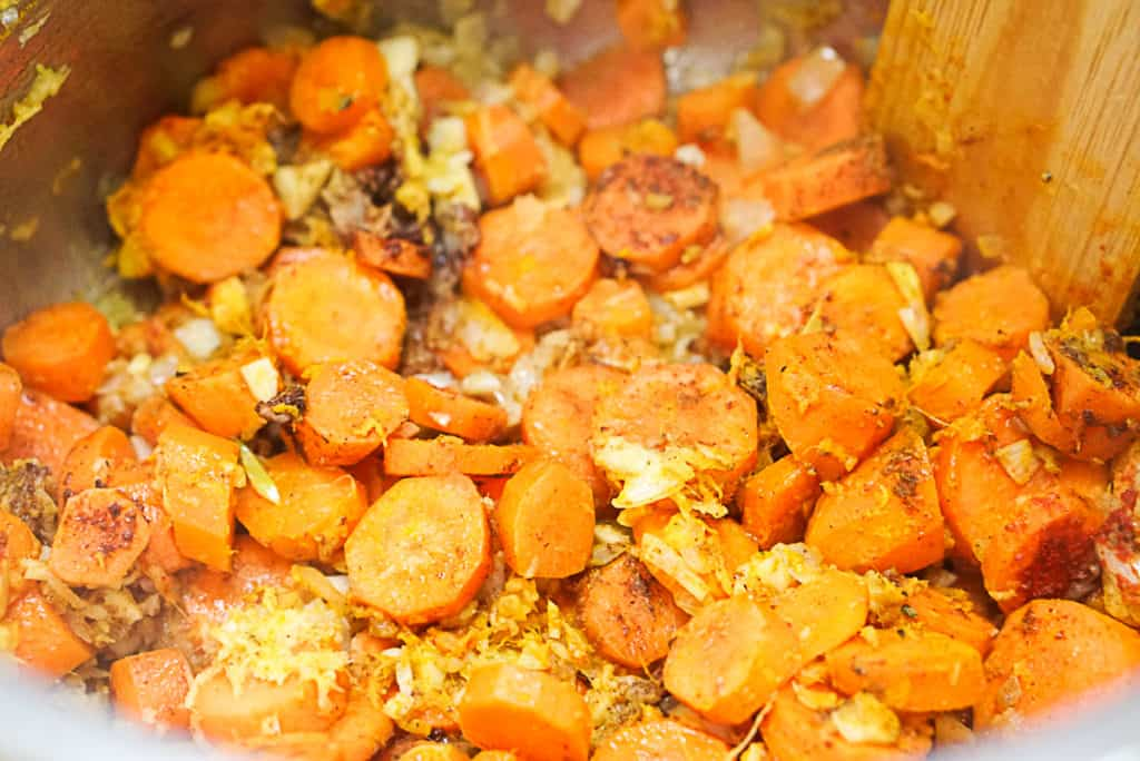 Cooking carrots in an electric pressure cooker